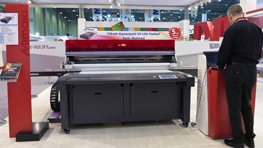 Mimaki JFx1631 printer at Sign Istanbul 2012