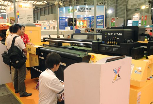 reviews of the Dilli 1606uv Neo Titan flatbed printer