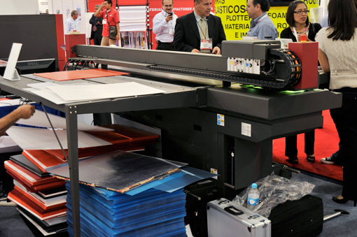 EFI Rastek UV printer fespa mexico 2010.jpg