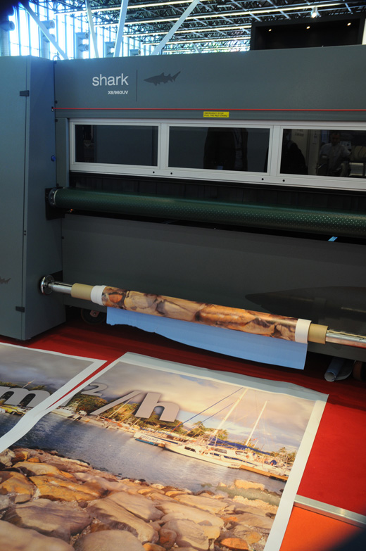reviews of the GRAPO Shark roll-to-roll production UV flatbed printer