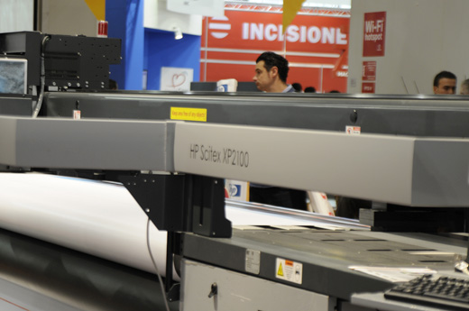 HP Scitex XP2100 roll to roll UV-curable printers evaluations