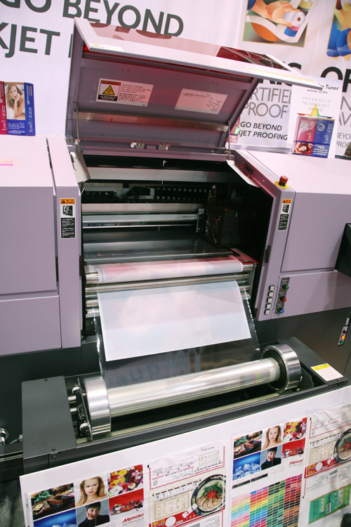 the Mimaki UJF-605R printer review