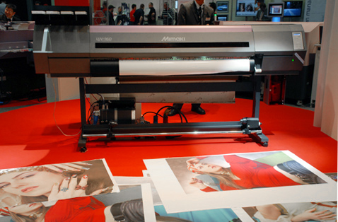 Mimaki UJV-160uv hybrid LED UV-cured flatbed printer 3M UV ink reviews