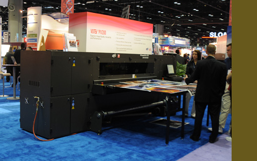 VUTEk PressVU YV 200/600 flatbed printer UV-curable inkjet technology