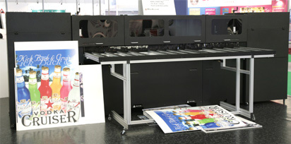 ColorSpan 9840uv UV-cured combo flatbed printer reviews