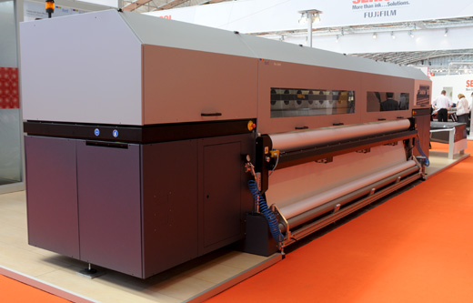 Durst Rho 500R 5-meter roll-to-roll UV printer