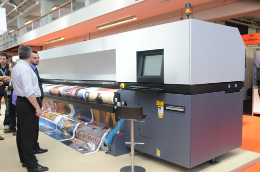 Image of Durst Rho 500R 5-meter roll-to-roll UV printer evaluations