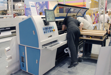 Tecksmart 1600UV, Chinese UV-curable ink flatbed printers