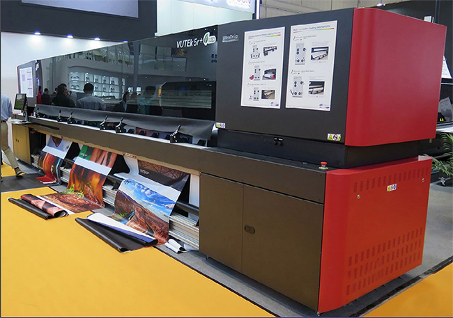 EFI VUTEk 3r+ and 5r+ RTR printer at APPPEXPO Shanghai tradeshow 2019.