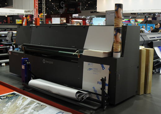 Bedigital PUV2050RF is their version of the GRAPO Octopus combo-style UV-cured flatbed inkjet printer.