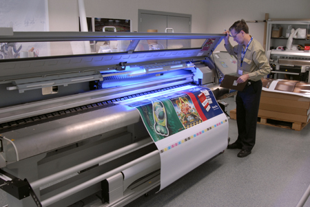 Mutoh Spitfire Extreme mild-solvent printer reviews